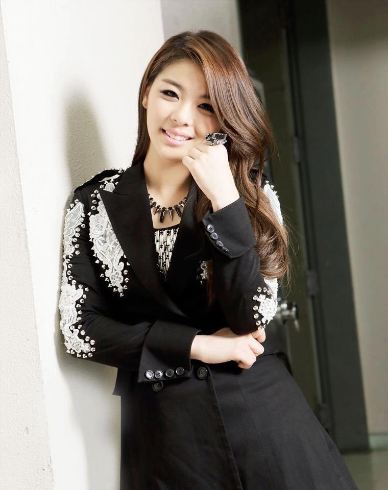 K-Pop Idols With Multiple Citizenships | Ailee, Korean