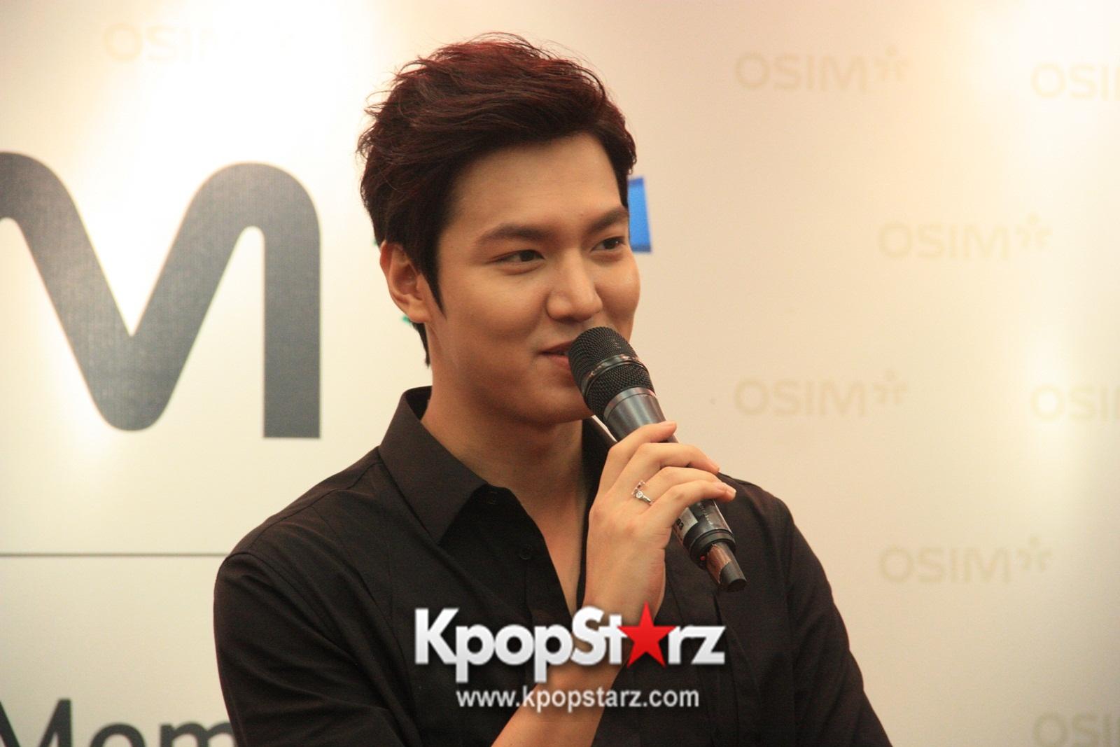 Lee Min Ho Attends Fan Meet & Greet Session with OSIM uDiva in Malaysia - Sept 28, 2014 [PHOTOS]