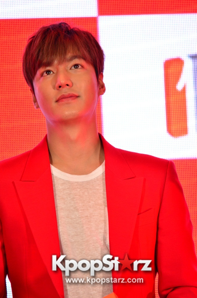 Lee Min Ho Attends 11street's Grand Launch in Malaysia - April 24, 2015 [PHOTOS]
