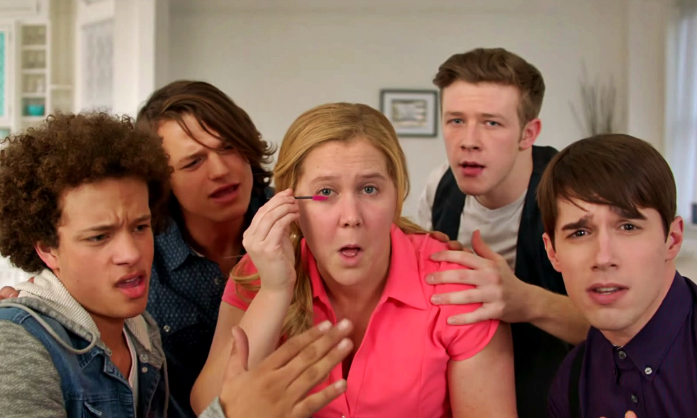 Viral Video Girl You Dont Need Makeup: Amy Schumer Spoofs