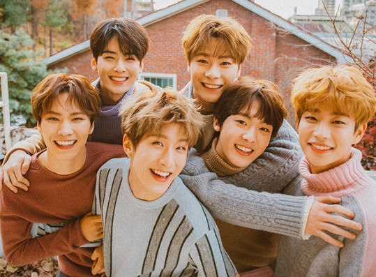 ASTRO's First-Ever Online Concert Ticket Sale Starts Tomorrow! Check Out The Details!