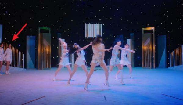 Video Musik IZ * ONE Terbaru Di Bawah Kebakaran Untuk Klaim Penyuntingan Buruk Dari Para Kritik