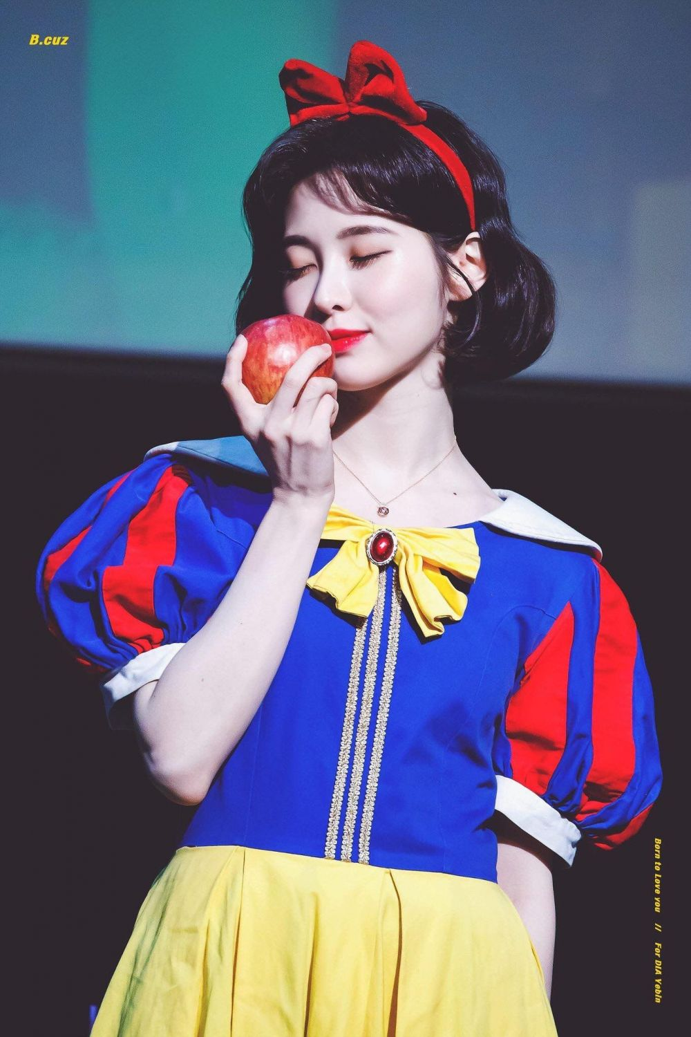 K Pop Idols Who Wore The Snow White Costume Who S The Fairest Of Them All Kpopstarz