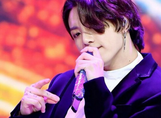 BTS Jungkook's Visuals at 2020 The Fact Music Awards Labelled as 'Like a Girl's'