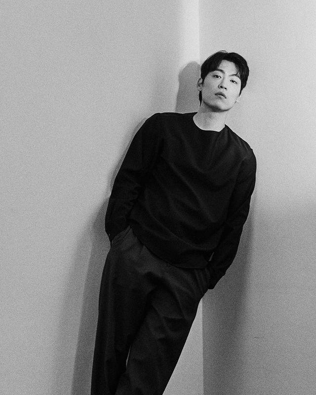 John Park announces 'Lovestruck in the City' OST 'For Some Reason'
