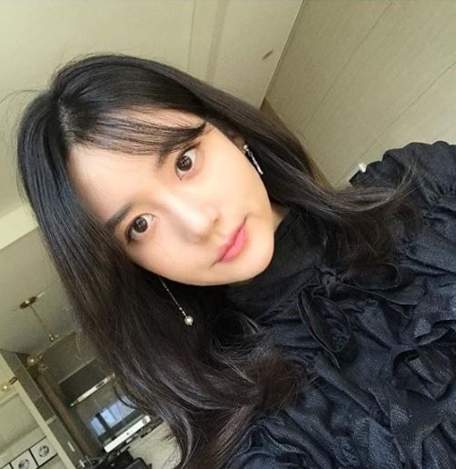 Han Seo Hee starts the YouTube channel