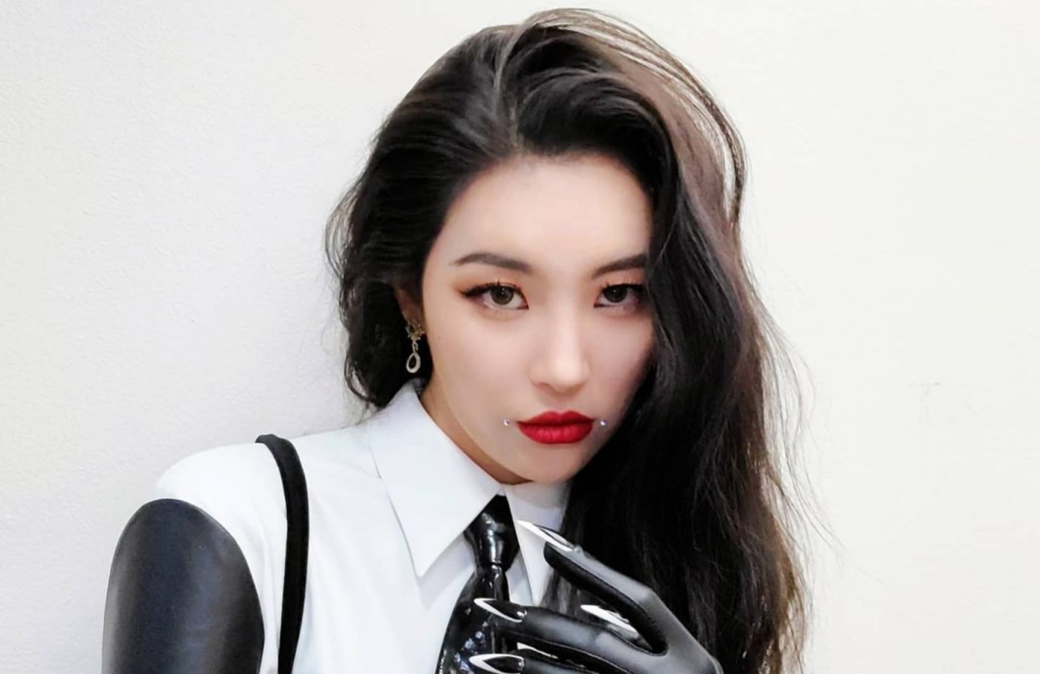 Sunmi Reveals She Preferred to Sign with SM Entertainment Rather than JYP  Entertainment before Debut   KpopStarz