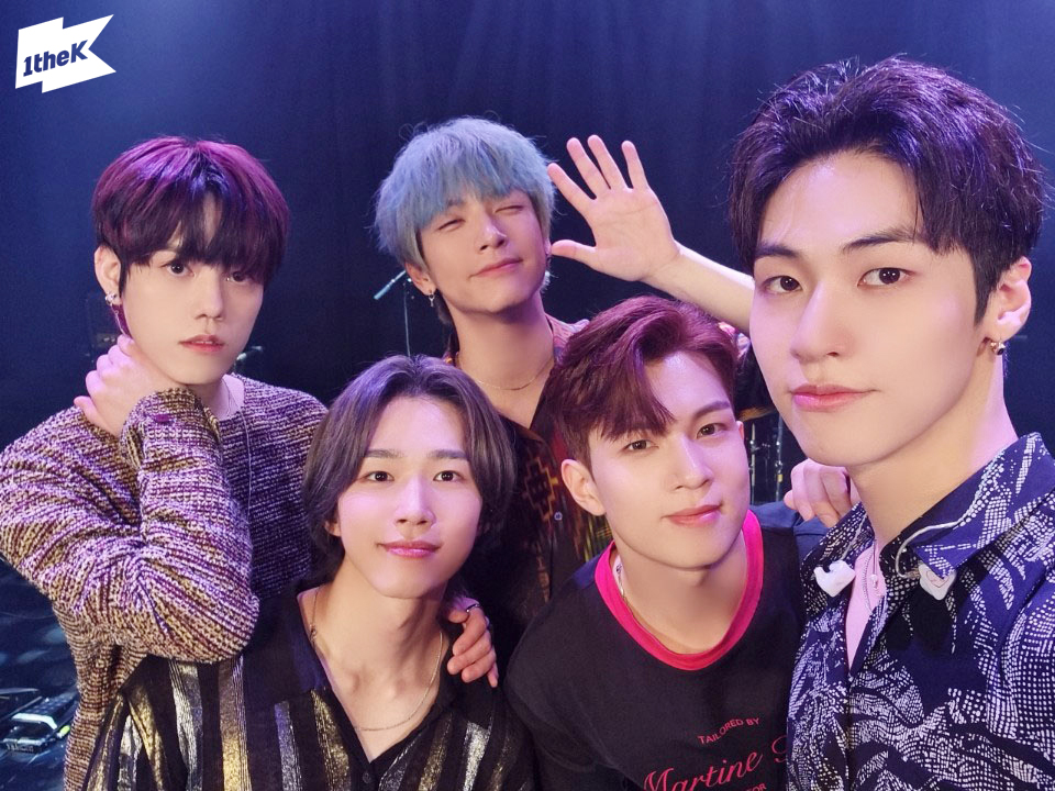 N.Flying, a powerful band sound that will fly in the moonlight