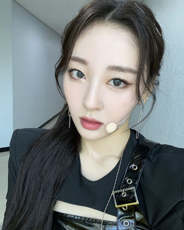 LOONA Yves Reveals She Lost 7kg in 2 Weeks After Eating Just One Apple a Day