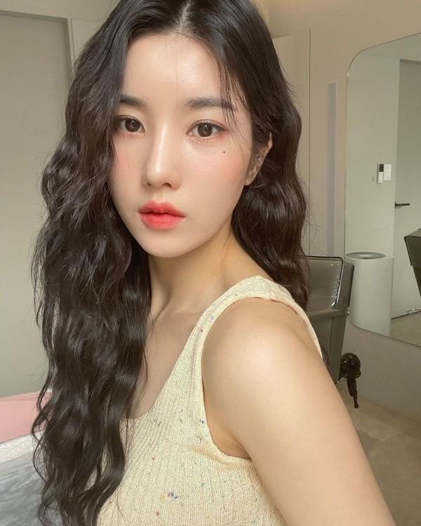 IZ*ONE Kwon Eun Bi