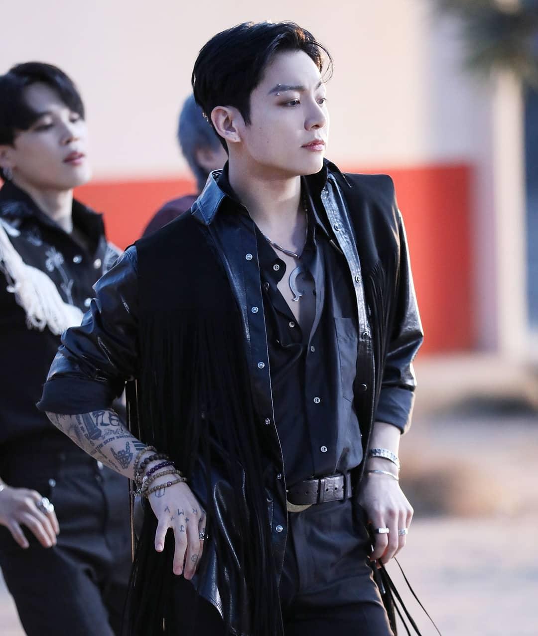 BTS Jungkook's VLIVE concert that drew an explosive response
