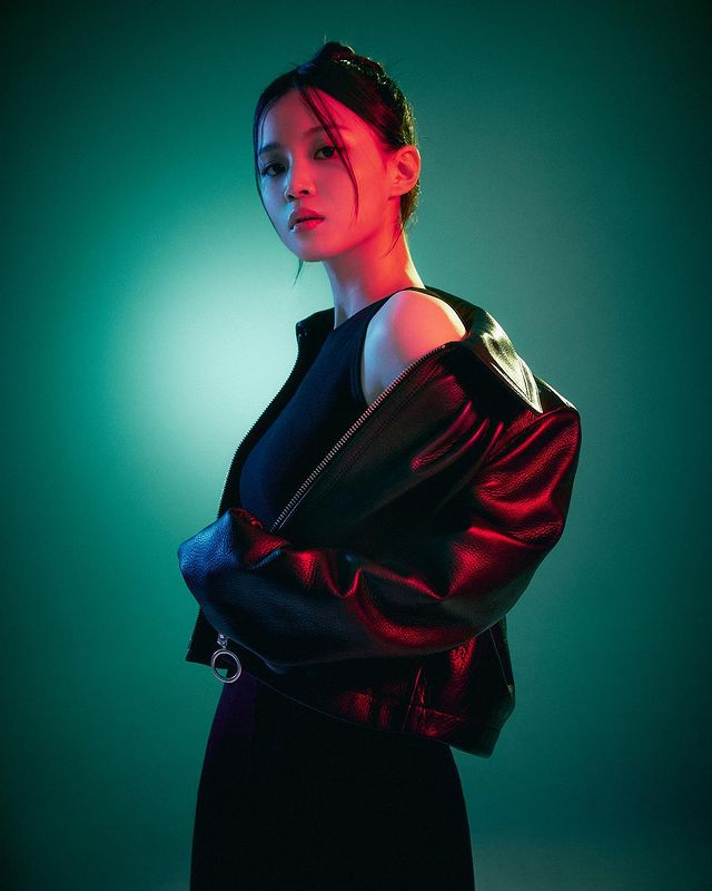 Lee Hi releases full album after 5 years... a completely different atmosphere