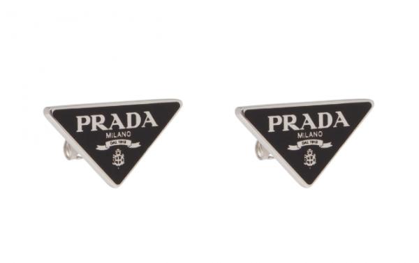 Taeyeon earrings