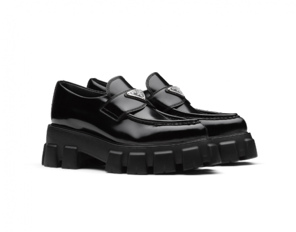 Taeyeon shoes