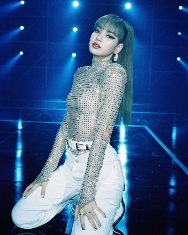 Researcher Highlights BLACKPINK Lisa's Impact to the Profit of YG Entertainment Following Solo Debut
