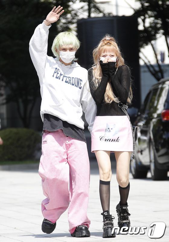 HyunA&DAWN, pretty love for 6 years