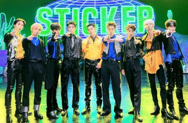 NCT 127 STICKER