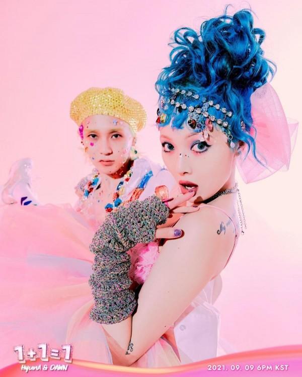 HyunA and Dawn
