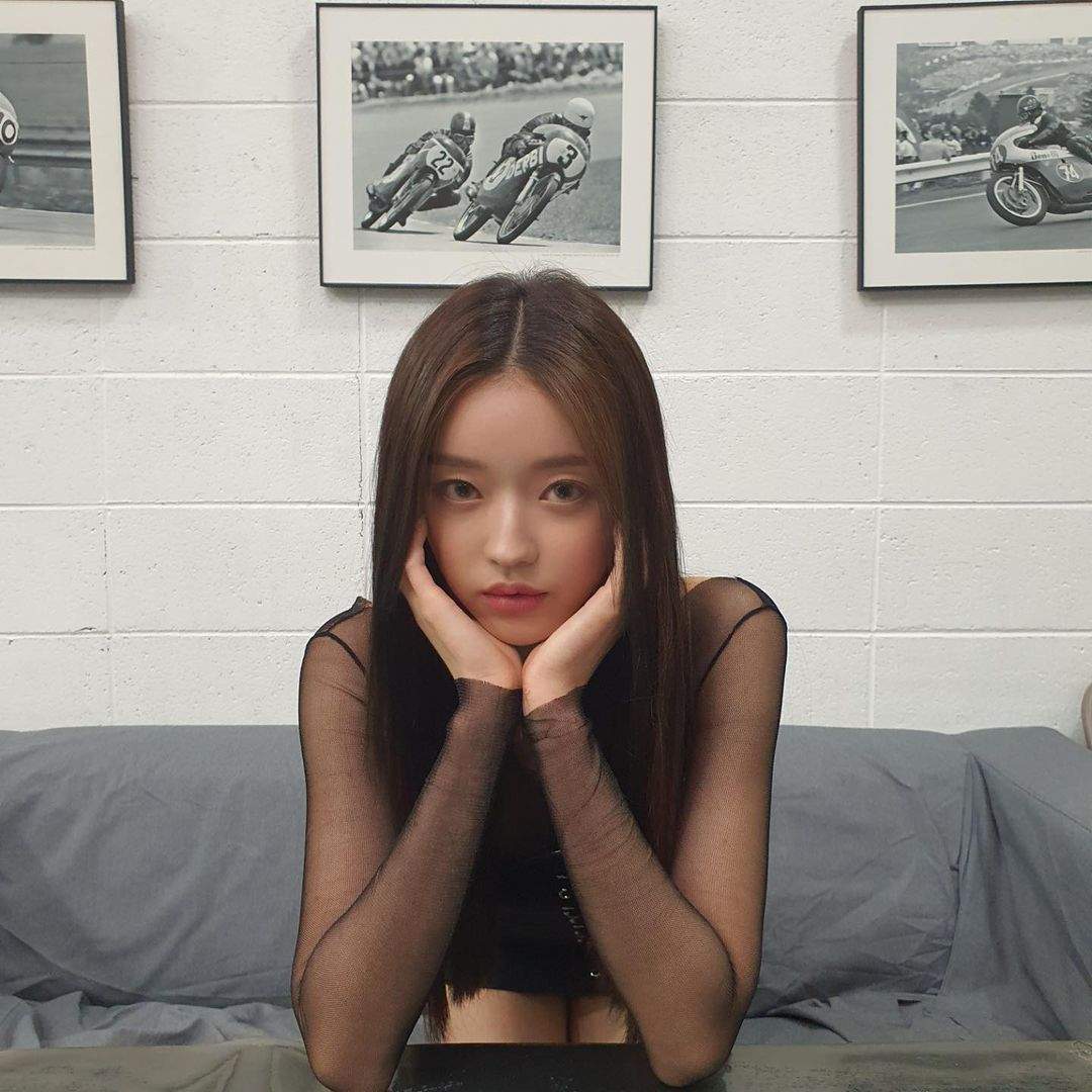 OH MY GIRL YooA, Heart Captor Cherry Maroo