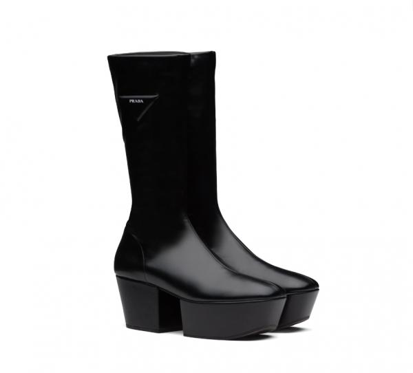 Hwasa boots