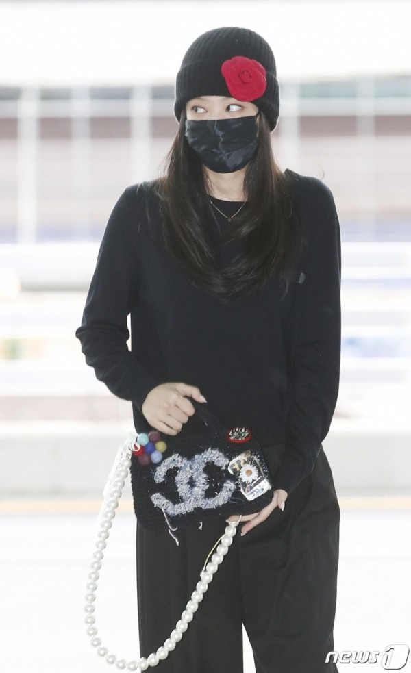 BLACKPINK Airport Fashion for Paris Fashion Week: Which Member Shone the Brightest?