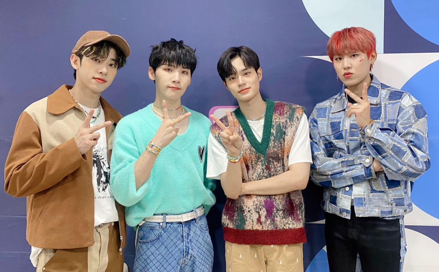 'MO' COMPLETE' Becomes AB6IX's Best Selling Album on Hanteo after Breaking the Group's First-Week Sales Record