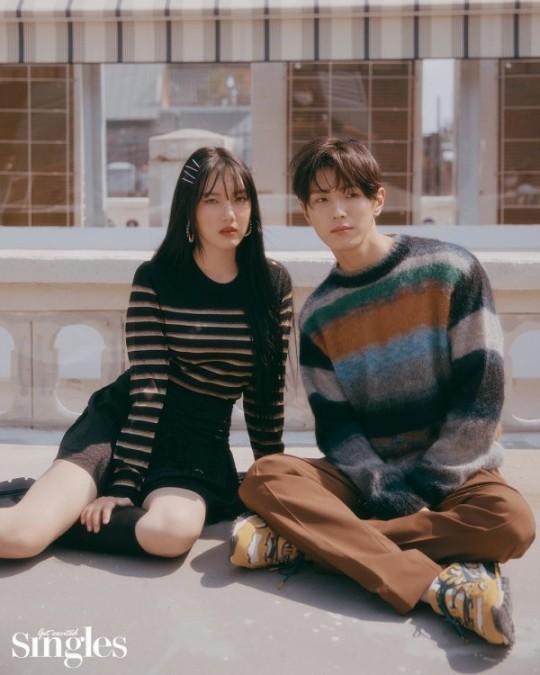 Yerin & CIX Yonghee Pose Together for Singles Korea