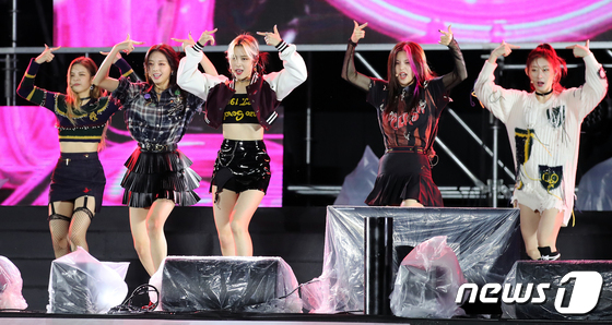 ITZY 'The charisma that dominates the stage'