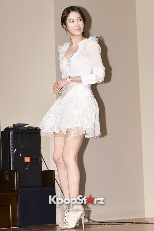 KpopStarzActresses of SBS 'Thrice Married Woman' Press Conference - Nov 5, 2013 [PHOTOS]