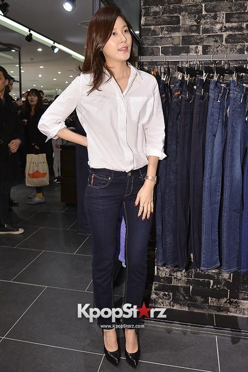A Gentlemans Dignity Actress Kim Ha Neul Chooses Yoo