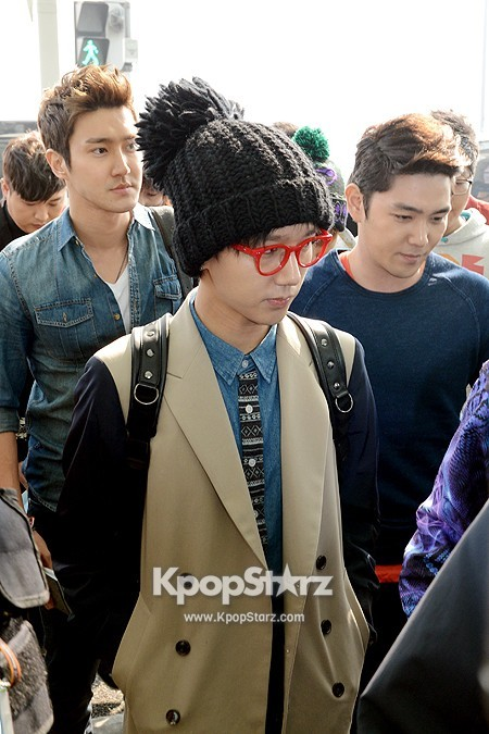 Super Junior Leaving for MUSIC BANK IN JAKARTA [PHOTOS ...